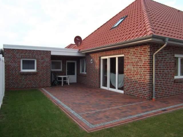 moderner bungalow mit garten und garage stellplatz bj 2013 in norden. Black Bedroom Furniture Sets. Home Design Ideas
