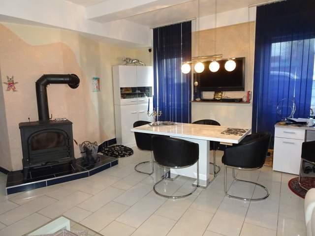 1 2 familienhaus mit gewerblicher nutzung in landau in landau in der pfalz. Black Bedroom Furniture Sets. Home Design Ideas