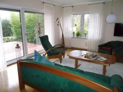 Bild: Jemgum - Ruhiges Wohnen am Dollart - freist. 1-2 Familienhaus mit Garten,Terrasse,Garage,Photovoltaikanlage