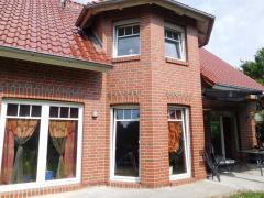 Bild: Aurich - Wohnen, wo andere Urlaub machen! EFH für die junge Familie
