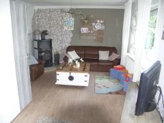 Bild: Bunde - Einfamilienhaus in Bunde mit ca.1ha Weideland am Objekt