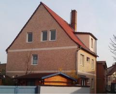 Bild: Barth - Stadthaus mit 3 WE, BJ 1987/88, saniert 2008-2010, WFl. 150 m², GFl. 155 m²,