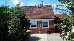 Bild: Rhauderfehn - gepflegtes großzügiges Einfamilienhaus in Rhauderfehn OT Klostermoor, Garten, Garage mit Carport