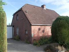 Bild: Bunde - kleines Einfamilienhaus in Feriengebiet Bunderhammerich-Dollart....