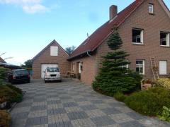Bild: Südbrookmerland - großzügiges Einfamilienhaus mit Einliegerwohnung im Südbrookmerland... - großer Garten