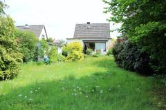 Bild: Pinneberg - Freistehendes Einfamilienhaus mit Garage auf traumhaftem Grundstück