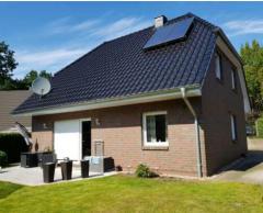 Bild: Elmshorn - Freistehendes Einfamilienhaus mit Garten, Terrasse und Garage; BAUJAHR 2009