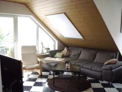Bild: Alzey - Sehr gepflegte 3-Zimmer Dachgeschoss-ETW mit Balkon und Garage in angenehmem Wohngebiet in Alzey