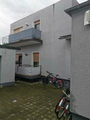 Bild: Bürstadt - Gepflegtes 2-Fam. Haus mit Einliegerwohnung, Garten und Garage in ruhigem Wohngebiet in Bürstadt