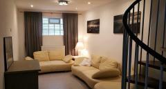 Bild: Kerzenheim - Kleines aber feines Haus, Anfang 2020 liebevoll renoviert, in ruhiger Lage von Kerzenheim